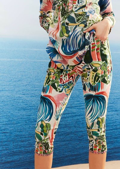 Padly patterned capri trousers