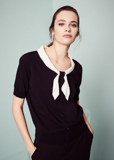 Marica T-shirt with contrasting scarf