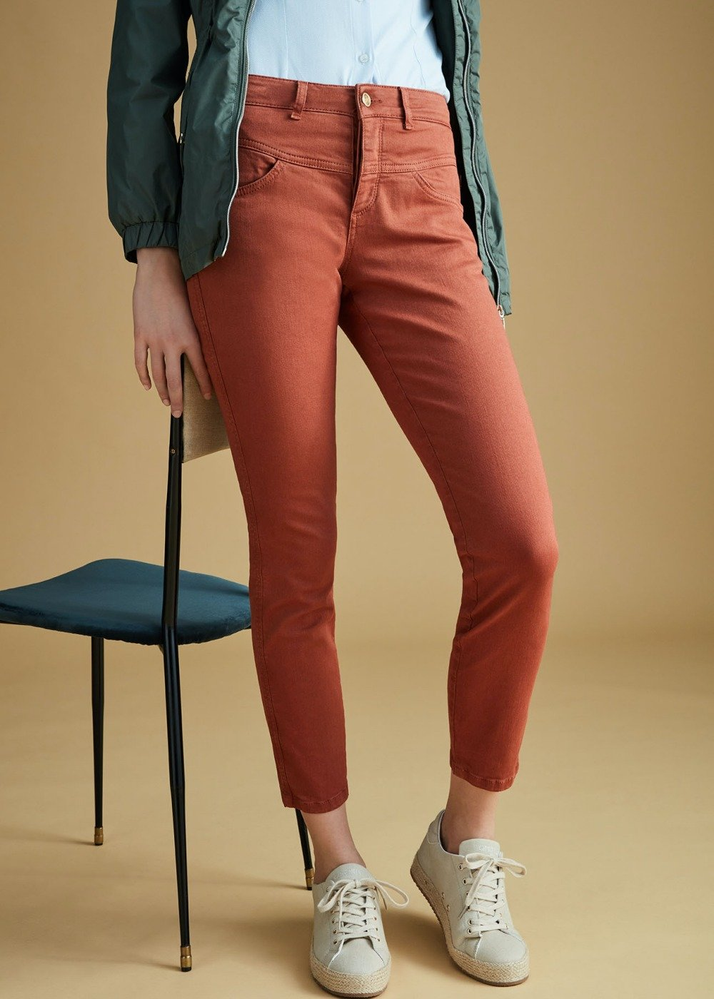 Derek denims with gold buttons - Land - Woman