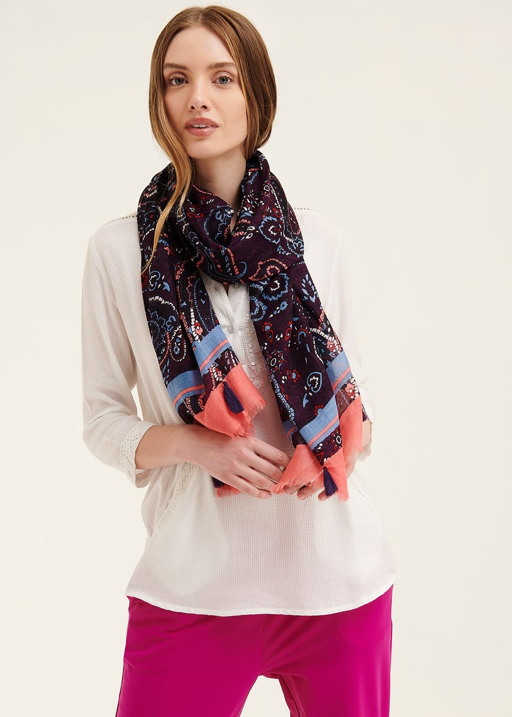 Sash scarf with colourful paisley pattern - Blueberry - Woman