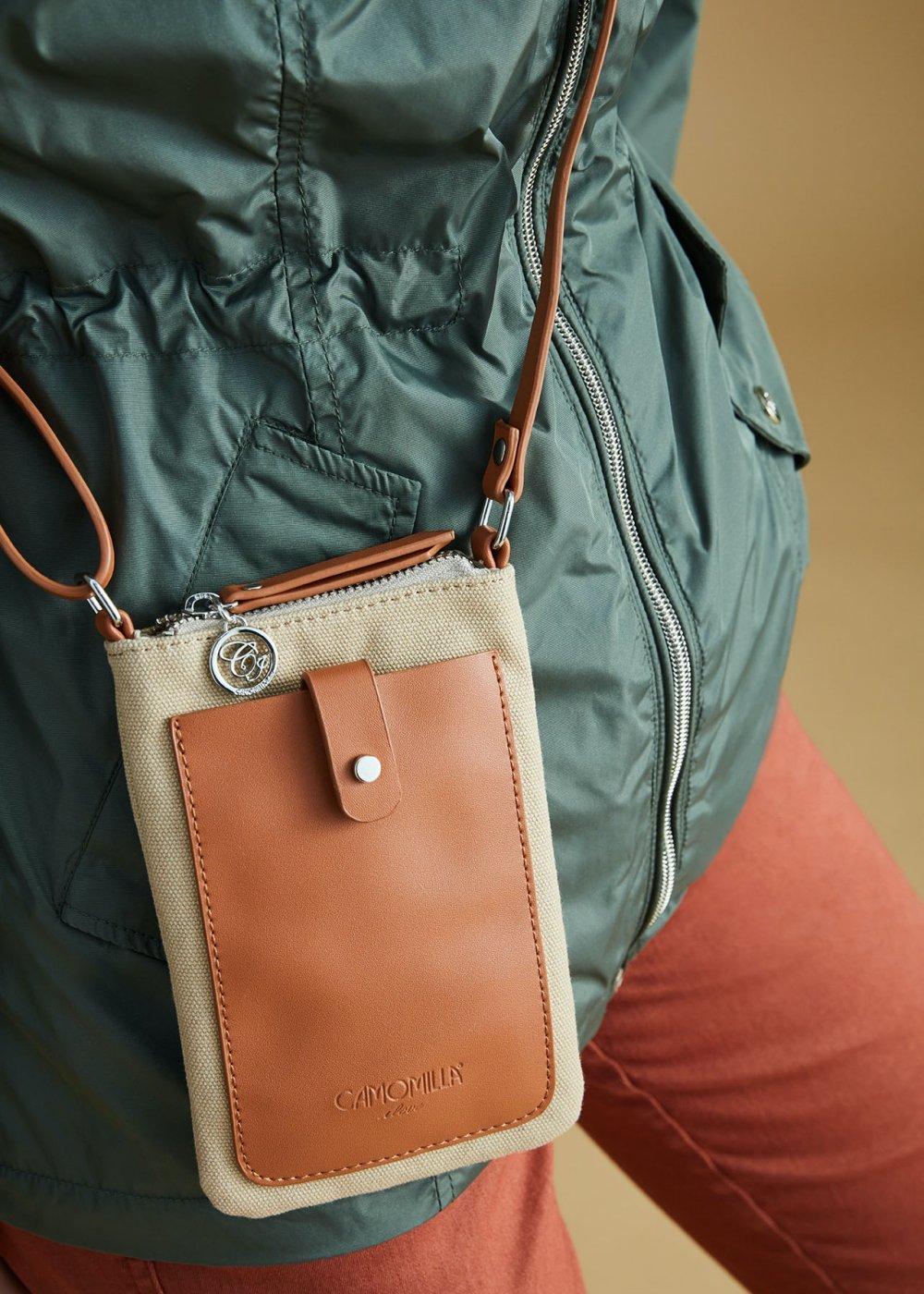 Argo canvas mobile phone pouch - Safari /  Pecan - Woman