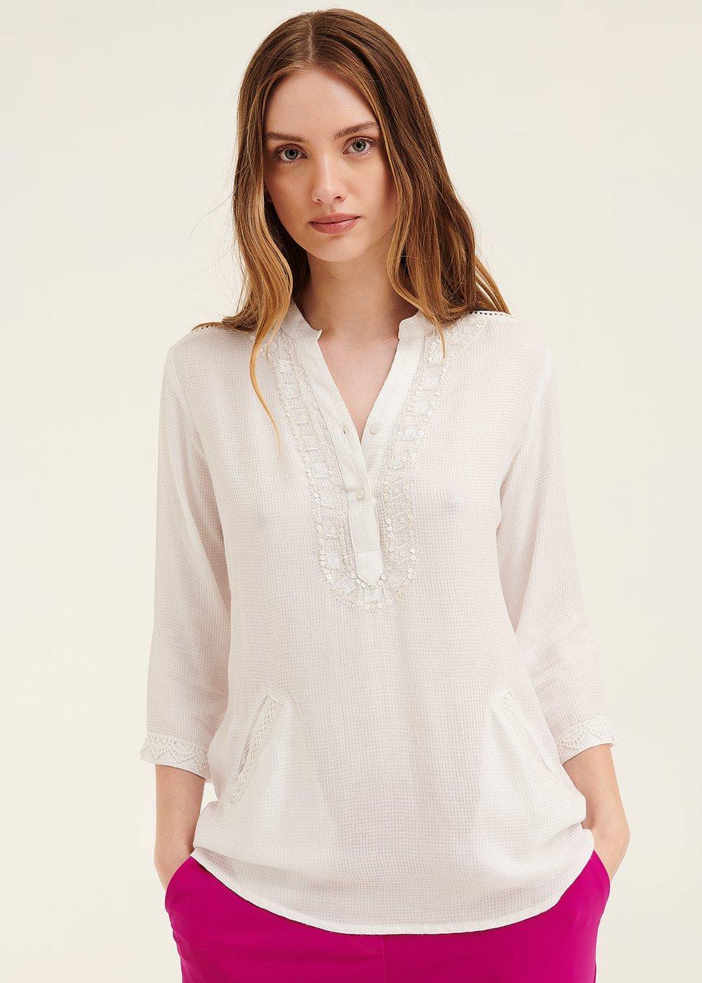 Camicia Catrin con ricamo di perline - White - Donna