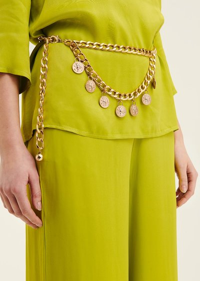 Calley belt with metal chain