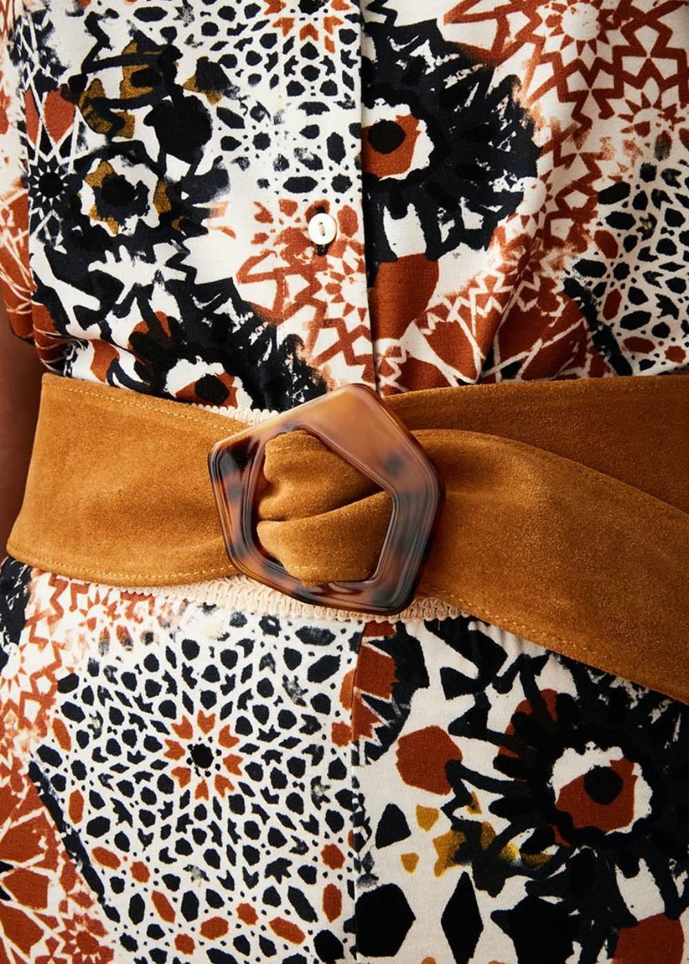 Cintura Corinn in vera pelle con fibbia animalier - Curcuma - Donna