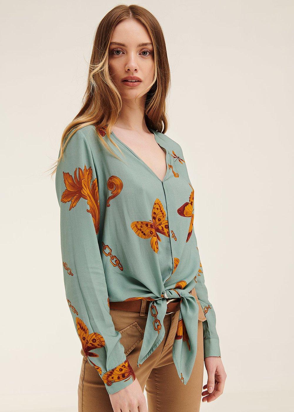 Chery shirt with butterfly pattern - Argilla /  Papaya Fantasia - Woman