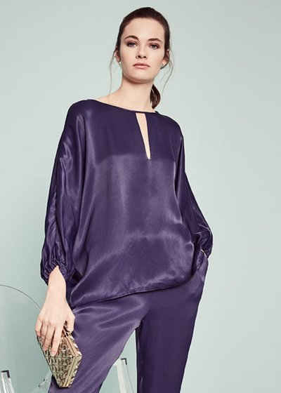 Clea blouse with keyhole neckline