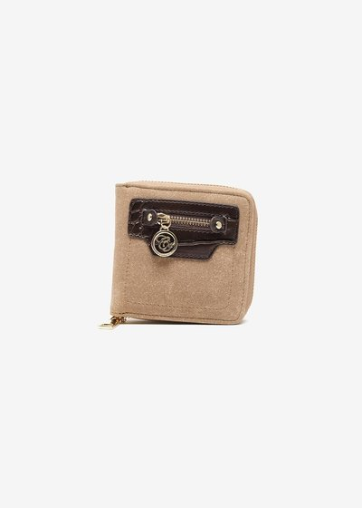 Wallet in eco suede with a zip-around fastening.