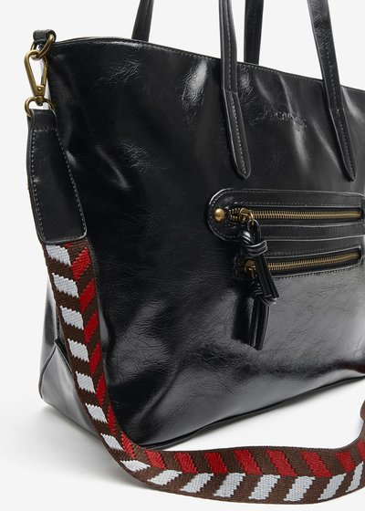 Barisa bag in shiny eco leather with double zip on the front