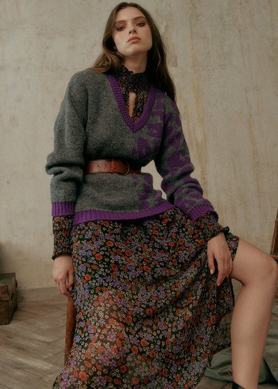 Moony Sweater in Wool Blend and V-neck