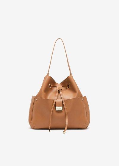 Beaute Bucket bag