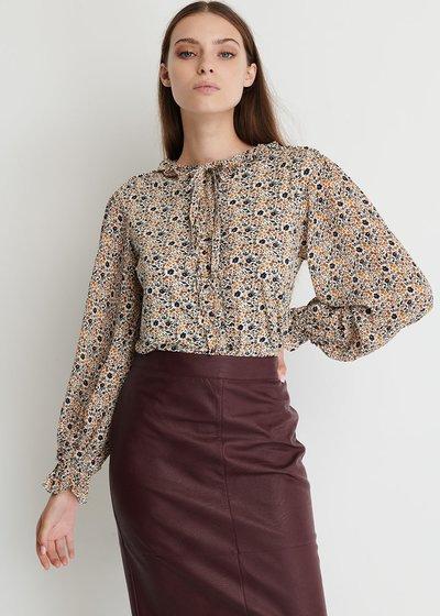 Shadia shirt with Ruffles