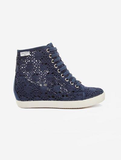 Sneakers Selene crochet model