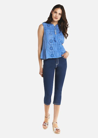 Tayler top with little ribbon and tassels