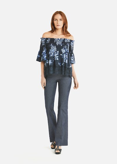Cael blouse with flowers and lace details