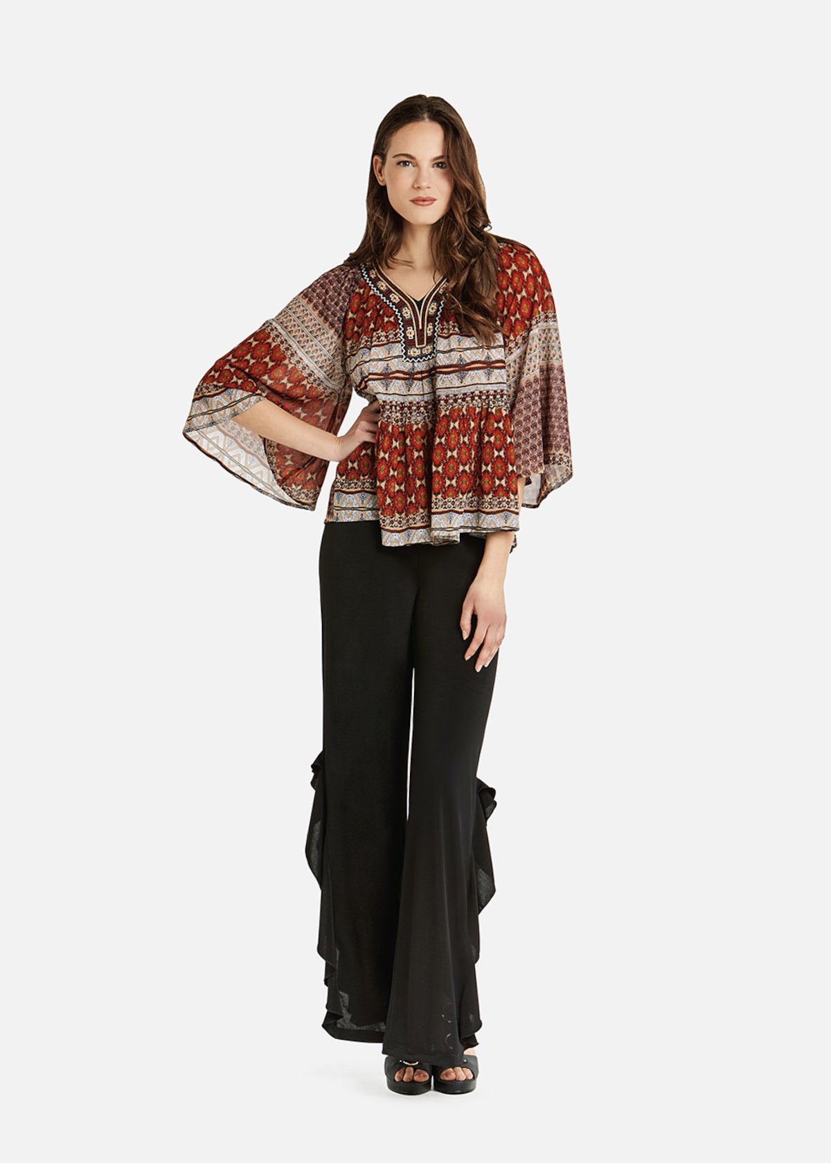 Blusa Cales with ethnic print and beads