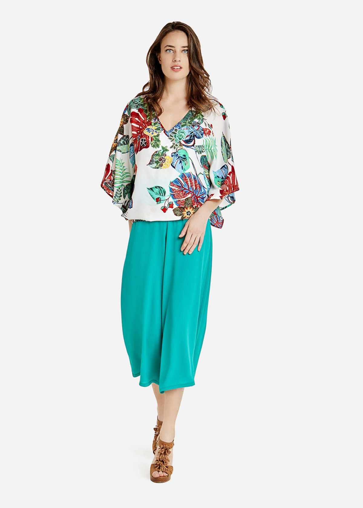 Casey blouse with colored leaves