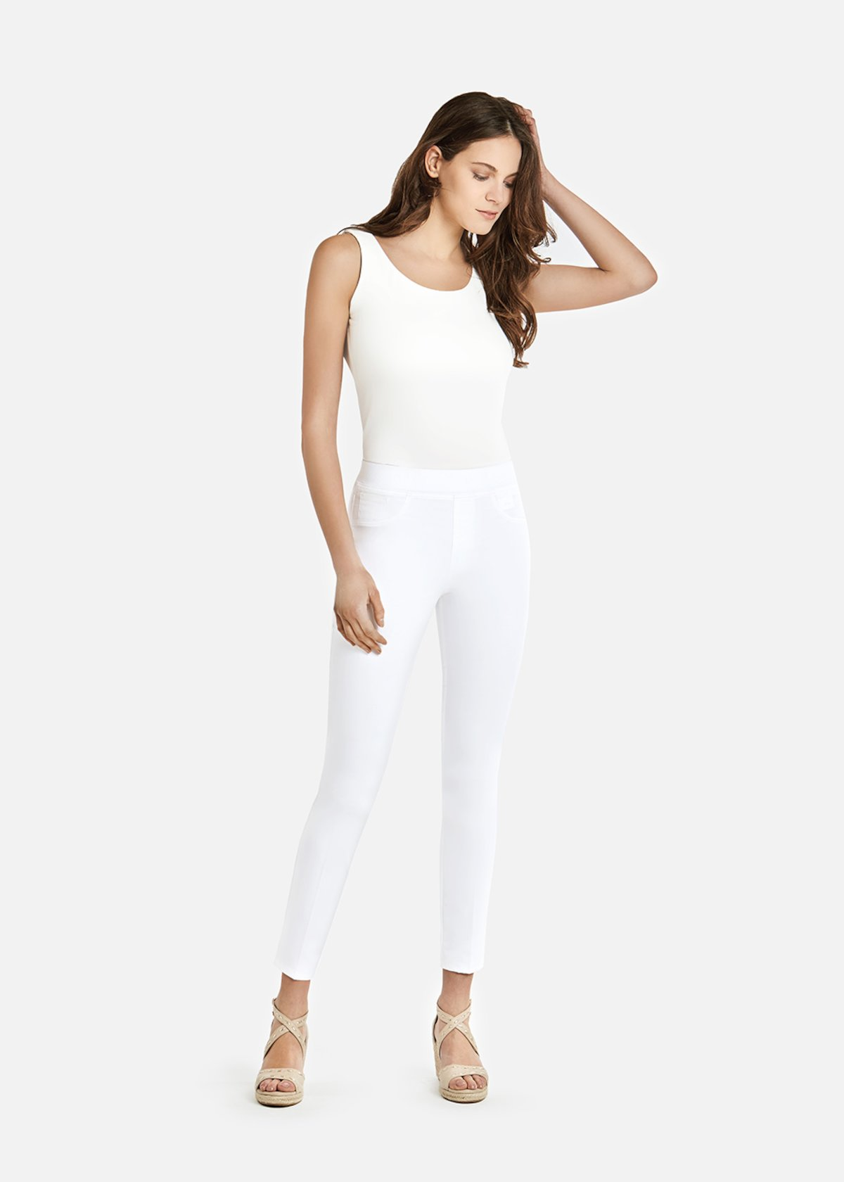 Jeggings Kelly B con elastico ricoperto e linguetta in ecopelle logata - White