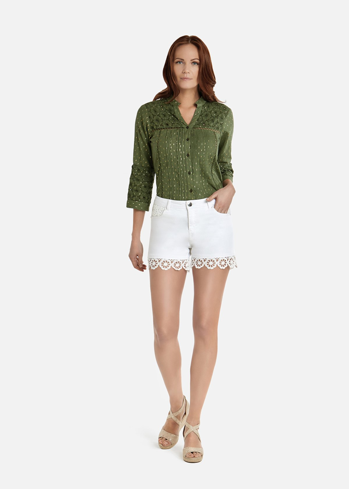 Born shorts with crochet details - White