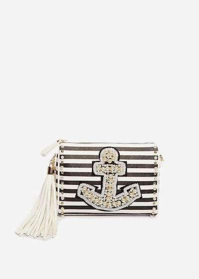 Bayl clutch with beaded anchor
