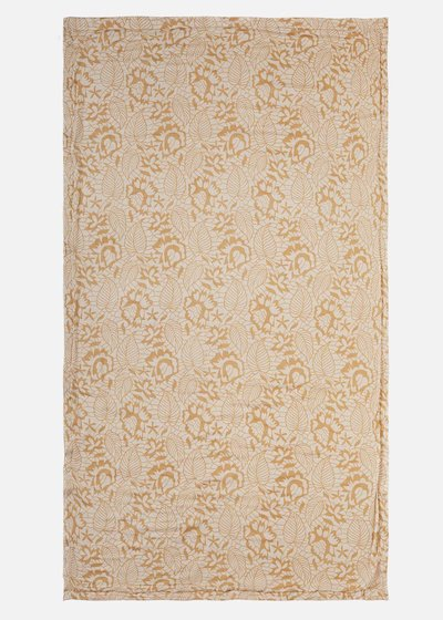 Tracy Towel lace print