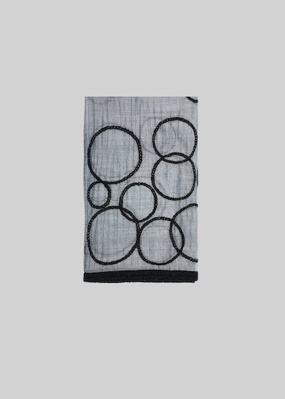 Stonda scarf of silk and wool with circles detail