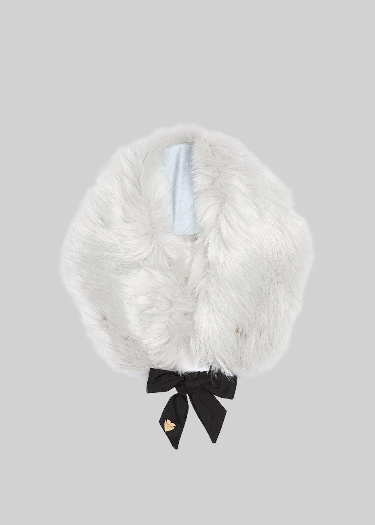 Sabella eco-fur neck warmer with ribbon closure