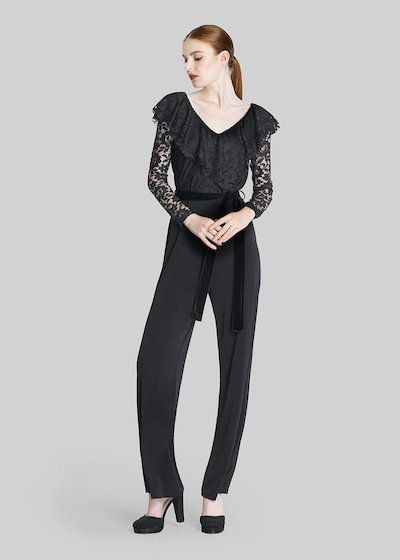 Timoty jersey jumpsuit with macro ruffles and velvet belt