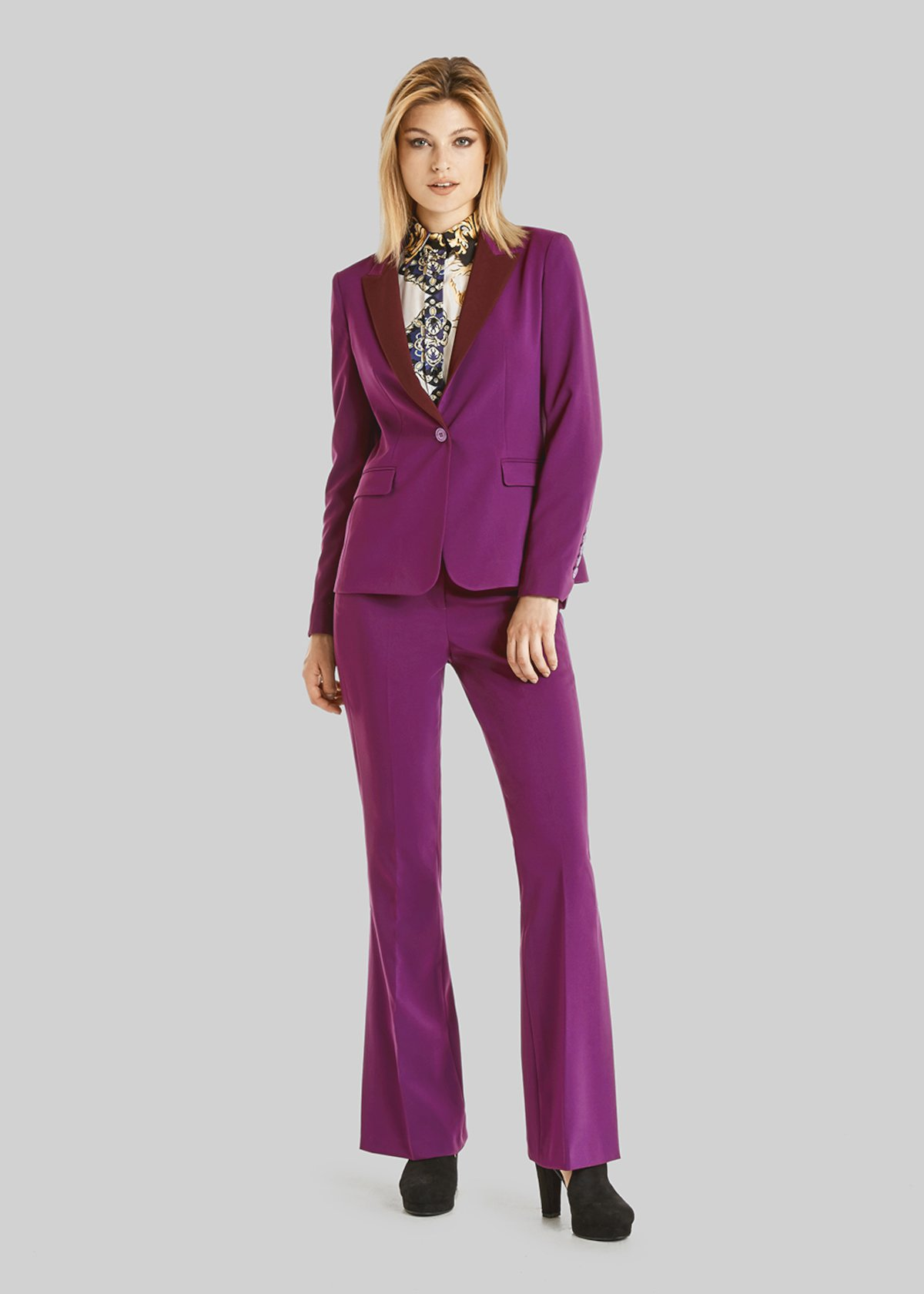 Gilda jacket of technical fabric with bicolor lapels and single button