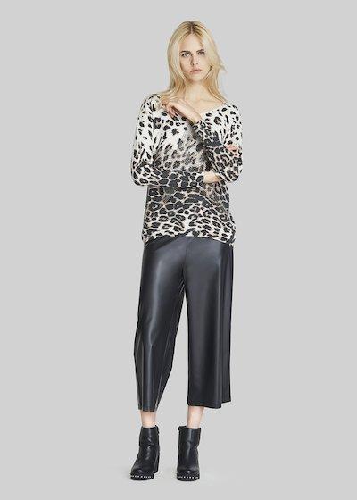 Pantaloni Pigo con gamba ampia e corta