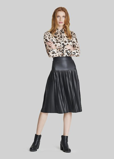 Gennyfer pleated faux leather skirt.