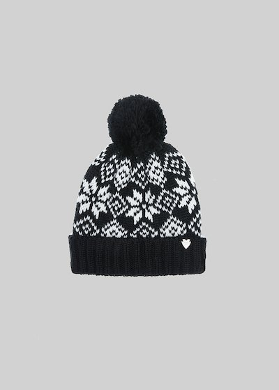 Chay hat in snowflake pattern knit