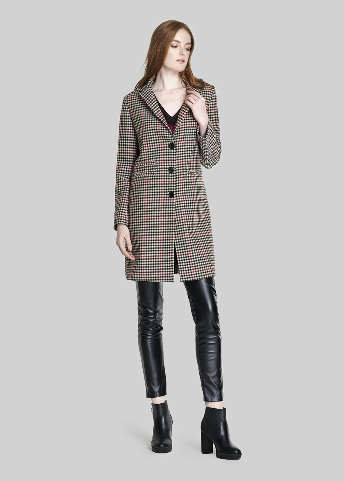 Claudius check coat with buttons. - Black / Beige Fantasia - Woman - Category image