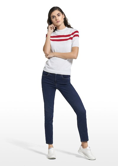 Slim leg jeans Darlie with embroidery on the back pockets