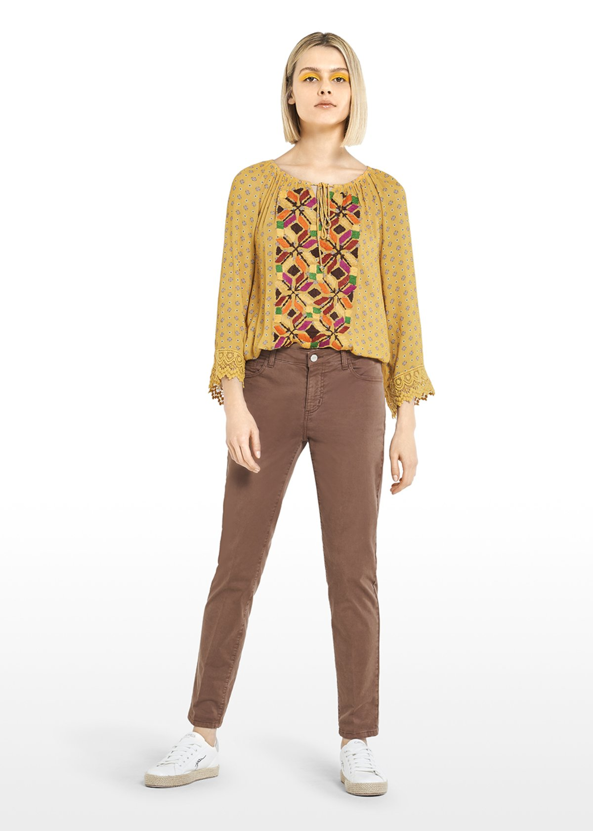 Candid crepe micro-patterned blouse with lace embroidery at cuffs