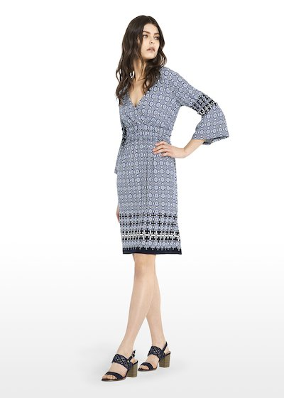 Aril faience pattern dress with V-neck