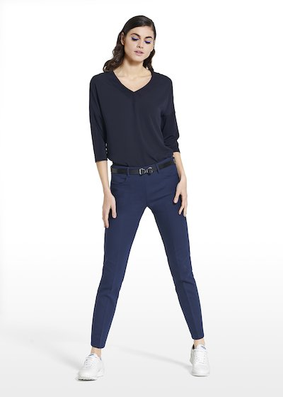 T-shirt Shyla with 7/8 sleeves and V-neckline