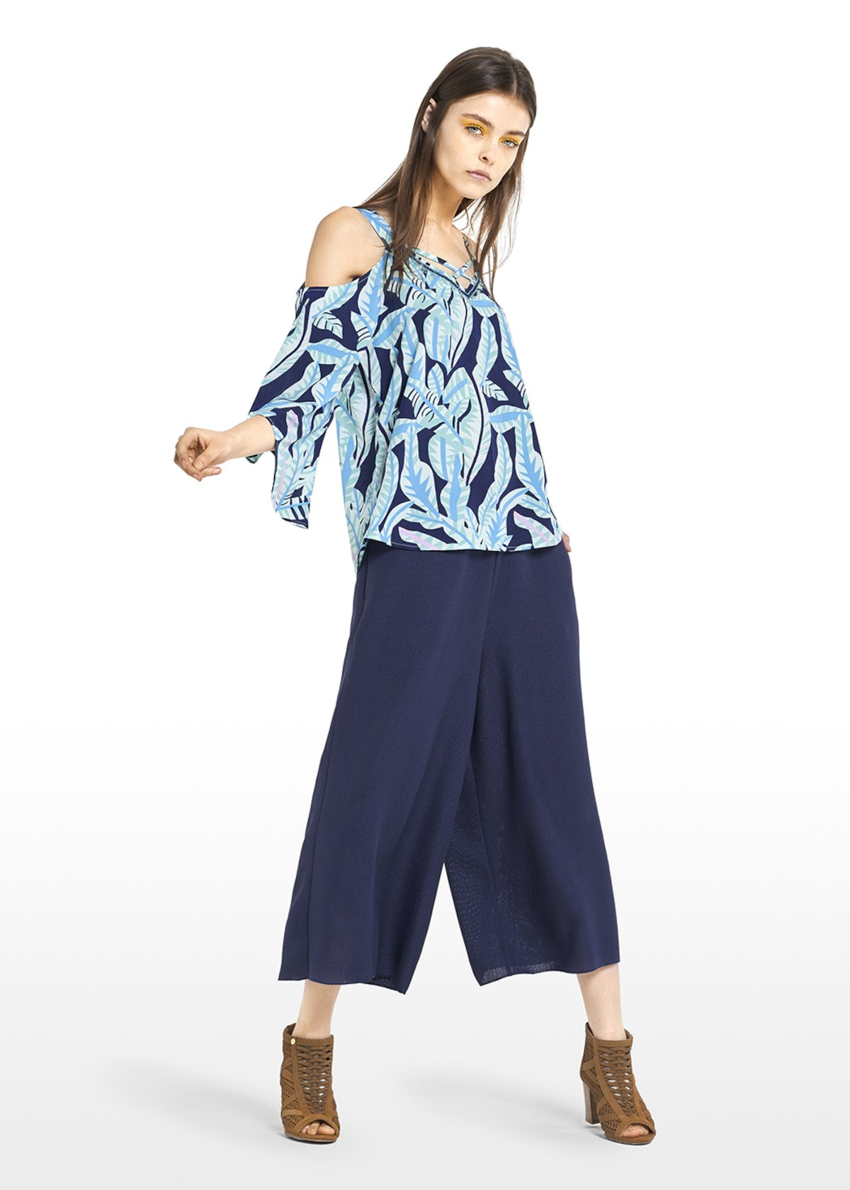 All over printed Corinne blouse with criss-cross at the neckline - Medium Blue\ Plant\ Fantasia - Woman