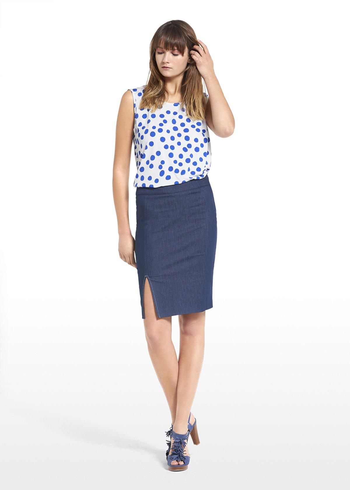 Patterned polka dot on white bottom top Tailor