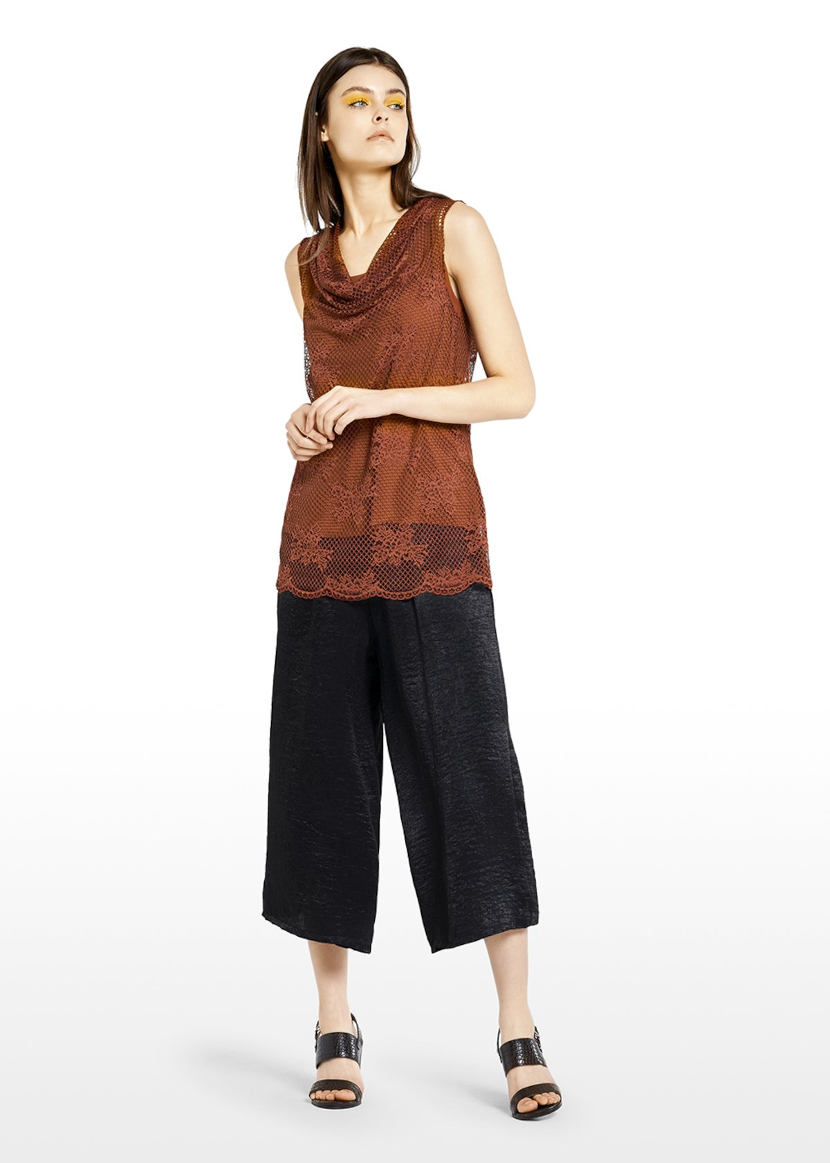 Taryn lace top with flowers processing - Carota - Woman