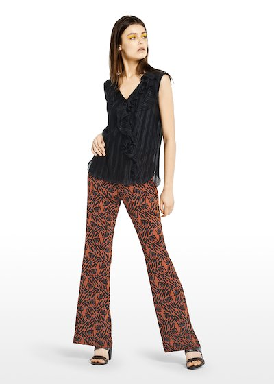 Two-piece Thea suit with pleated top and ethno fantasy pants