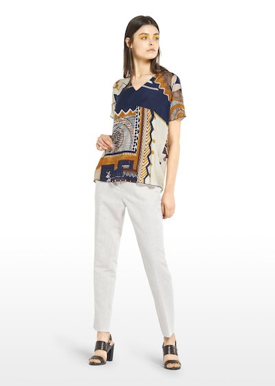 Selena ethnic-geometric patterned T-shirt with V-neck