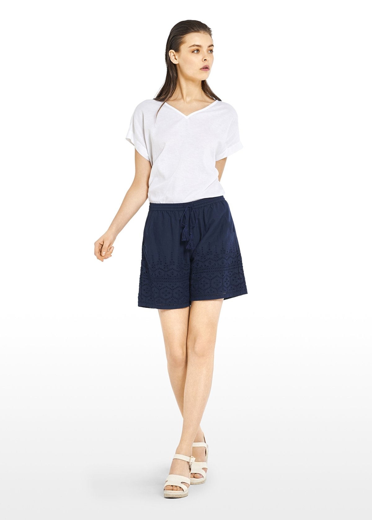 Sibylla T-shirt in linen blend with V-neck - White - Woman