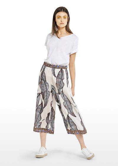 Capri pants Pelay with patterned leaves and contrasting edges