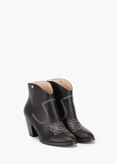 Shelly ankle boot in brushed effect eco leather