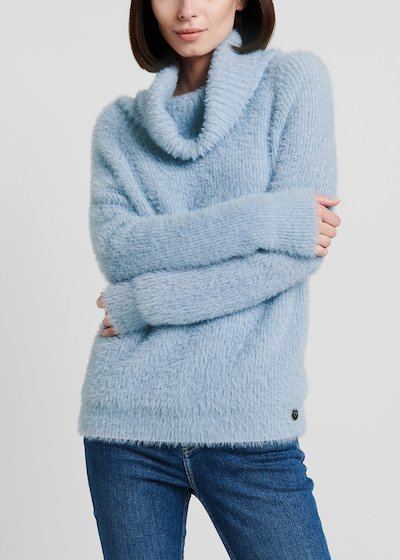 Material - coloured turtleneck sweater in fur - effect fabric