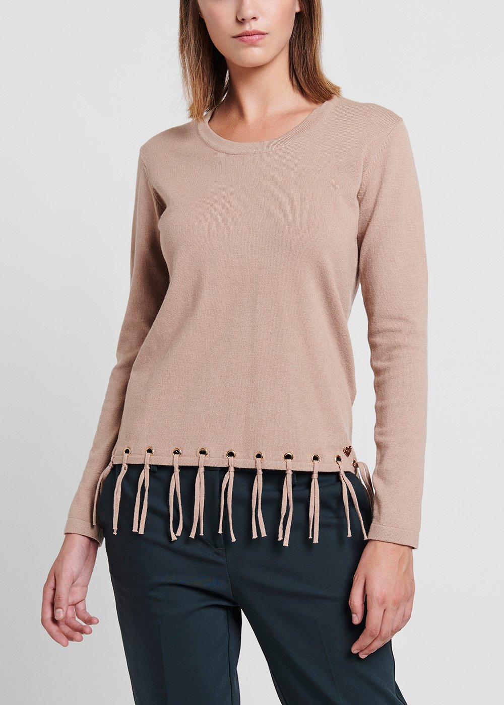 Desert - coloured viscose sweater with bottom fringes - Beige - Woman