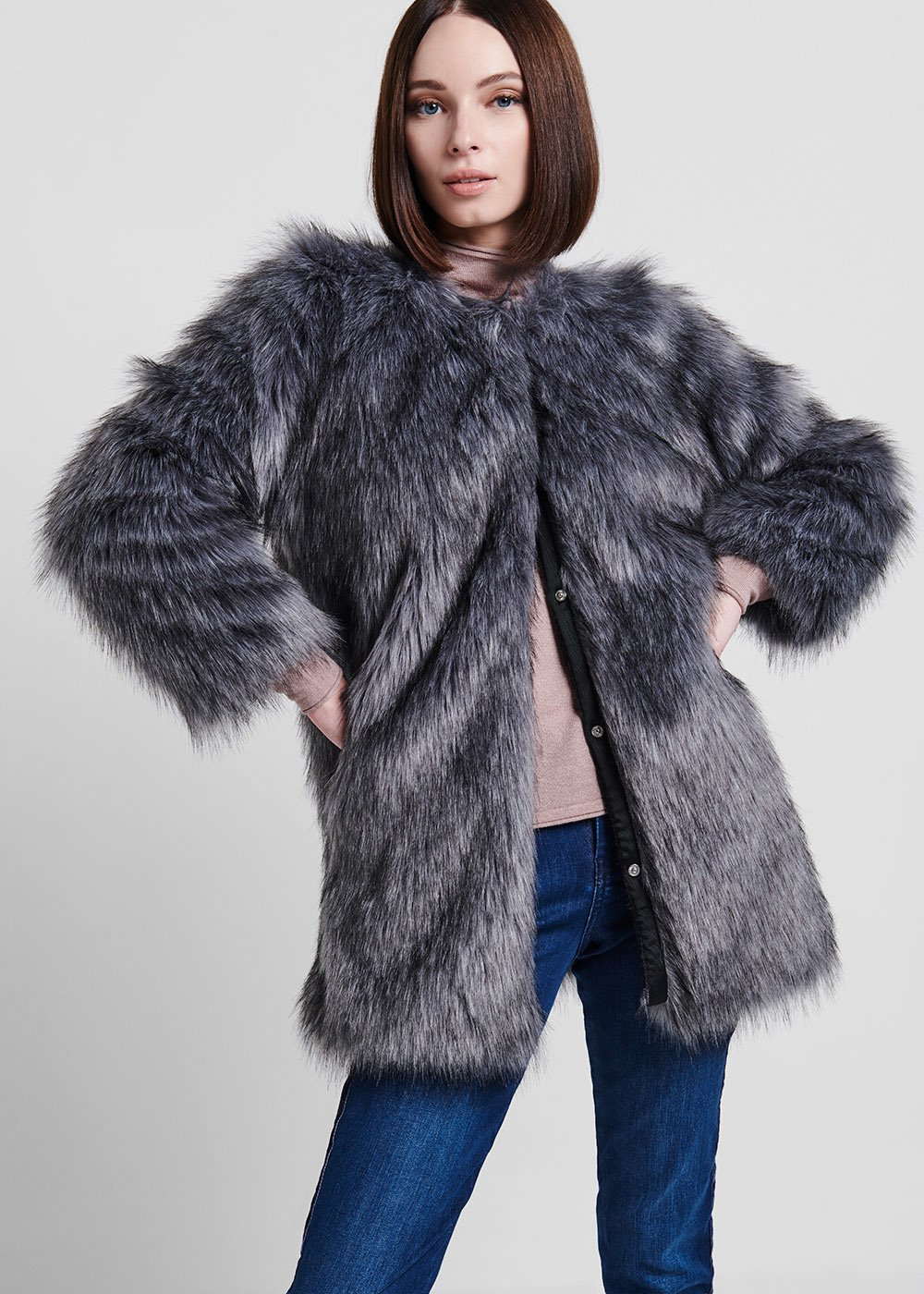 Faux - fur coat with long grey fur - Grey - Woman
