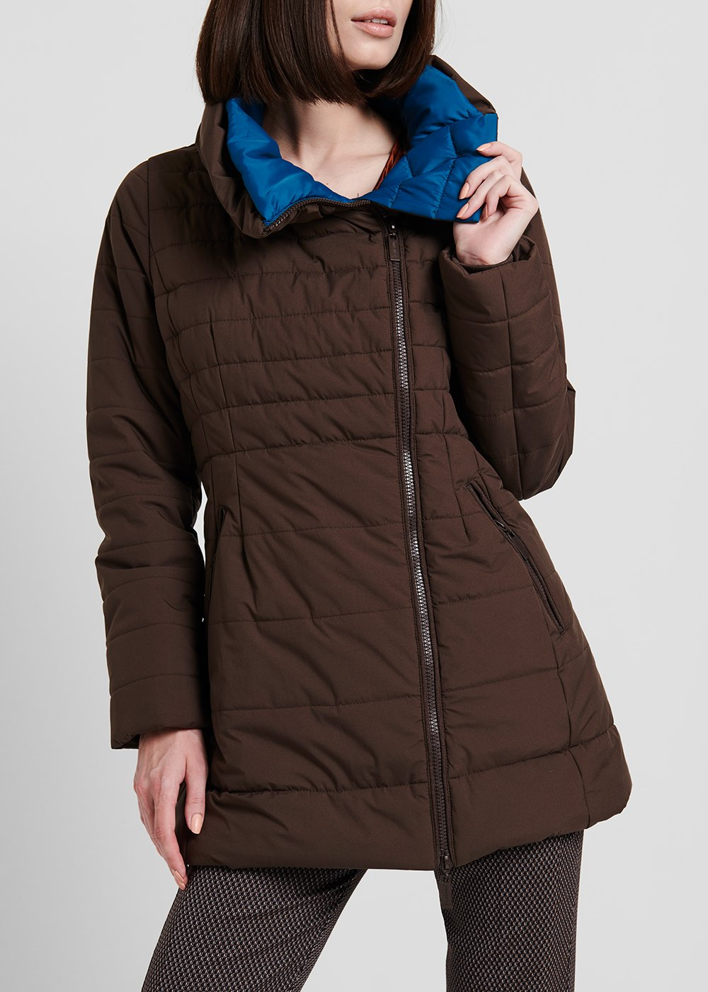 Long down jacket in technical fabric with ring collar - Marrone / Pavone - Woman