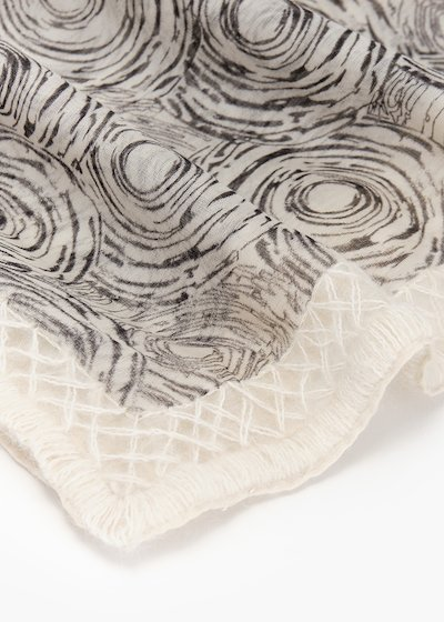 Silvia scarf in wool and silk with rose print