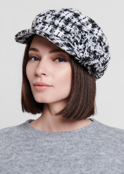 Camelis beret in bouclè fabric